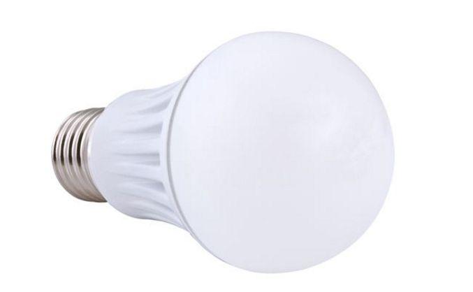 昕诺飞推飞利浦舒视光技术LED球泡 铆接设备